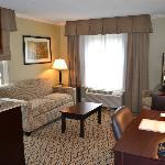 Double Queen Suite living room area