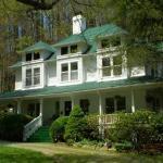 Photo of Taylor House Inn