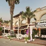 Sandal Cafe Bar