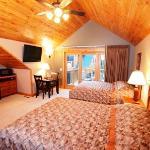 Bay Lake Villa Family Suite