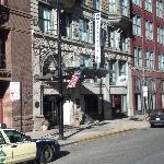 Fachado do Hotel Blake