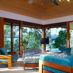 Qualia Windward Pavilion Lounge