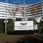 Washington Plaza facade