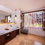 Magani Suite (Bathroom)