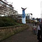Hotellet ligger granne med Edinburgh Zoo