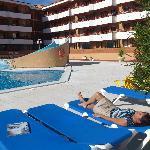 la piscine et les balcons