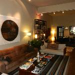 Common area living/dining room