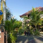 Entrance to Kubu Balian Beach
