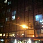 Vista del Hotel de Noche
