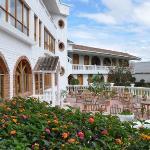 serene courtyard