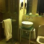 Hotel, Bathroom