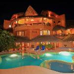 Villa Carolina at night!