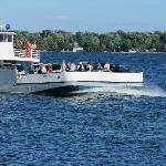 Hornes Ferry Crosing Wolfe Island/USA