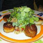 Diver scallops, with mushroom risotto and greens