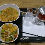 tofu et nouilles thaï