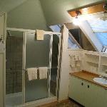 Hermitage room bath