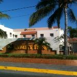 Photo de Quality Inn Mazatlan