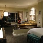 Beautiful room - suite sizing for standard rates!