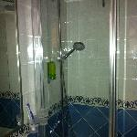 mini salle de bain neuve