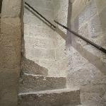 escalier en vielles pierres