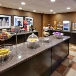 Join us daily for breakfast on the house at the Hampton Inn & Suites Fresno hotel.