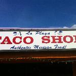 Photo de La Playa Taco Shop