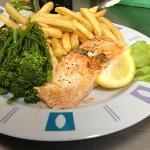Salmon & Chips