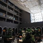 immense patio de l'hotel