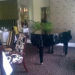 dining room - live piano