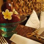Artistic Bali Style Club Room-Fruit Plate with gift box