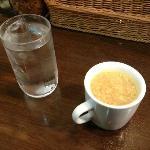 トプカ / サービスの卵スープ