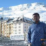 The ski slopes in the background at Casa de placa