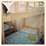 double decker bed x 2 (room for 4 person)