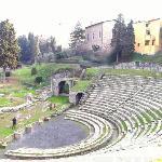 teatro di Fiesole, scavi, archi