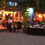 Restaurant • Bar & Lounge