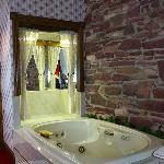 Jacuzzi rooms available for your next romantic getaway!