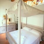 Suite 19 - Romantic Bedroom