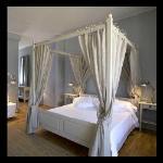 Suite 26 - Romantic Bedroom