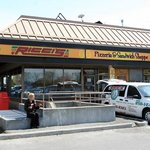 Ricci's Pizza & Sandwich Shoppe