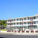 Located lower Pearlridge in the city of Aiea.