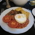 Vegetarian Breakfast (with nice tasty veggie sausages)