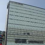 Une des façades de l'hôtel...