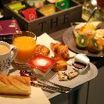 Buffet petit déjeuner chaque matin