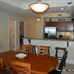 Convenient kitchen and breakfast bar