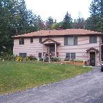 Rocky Acres Inn-open all year Schroon Lake NY