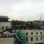 from room 86 with Buckingham Palace in the middle