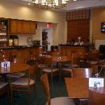 Breakfast room at Sonesta