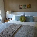 The bed is soooo comfy!