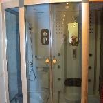 box doccia con idromassaggio