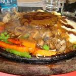 Veg Sizzler with Mushroom & Cheese